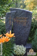 Grabstein_E004_ROSSELINO_F_Mainzer_Design